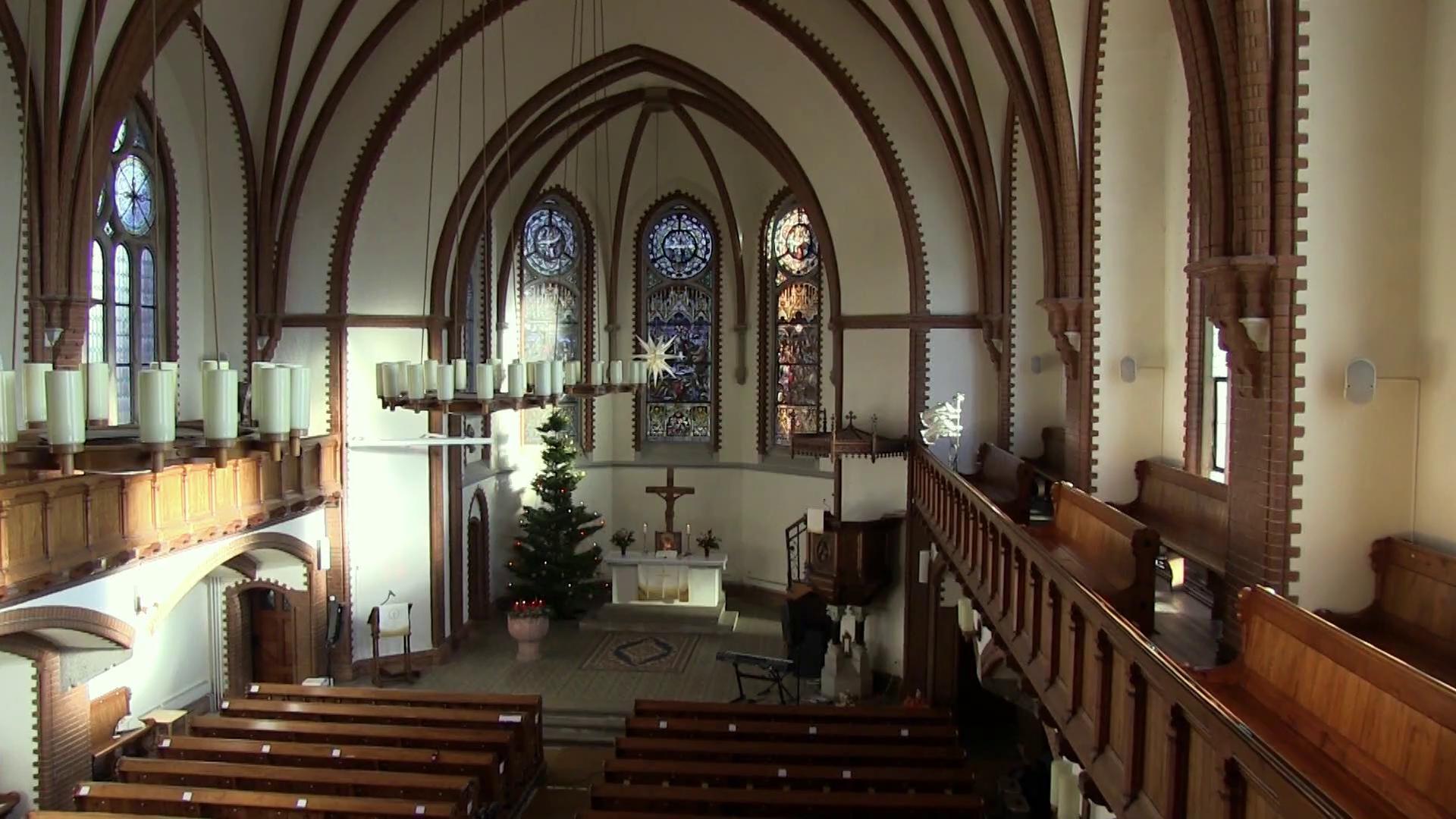 Die Oberfrohnaer Lutherkirche während der Aufnahme des Gottesdiestes.